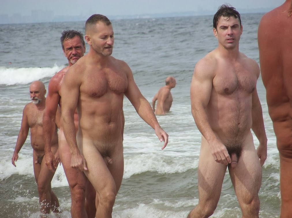 Sportsman Bulge And Naked  Public Nude Beach-9923