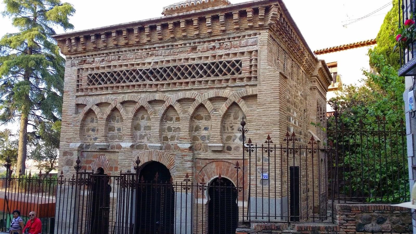 Visitando la mezquita del cristo de la luz en toledo - La casa de la mezquita ...