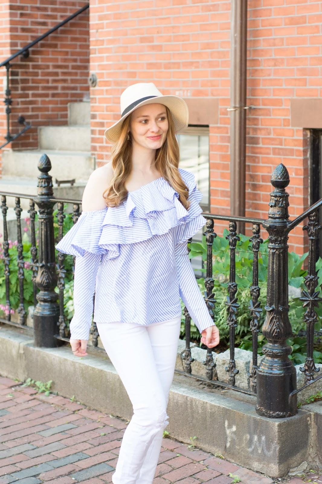 How-to-Wear-Ruffle-Tops