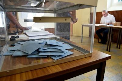 Élections législatives 2017 Second tour - Taux de participation à 12h dans - DATE A RETENIR a8