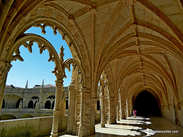 Pavimento superior do claustro central do Mosteiro dos Jerónimos, Lisboa