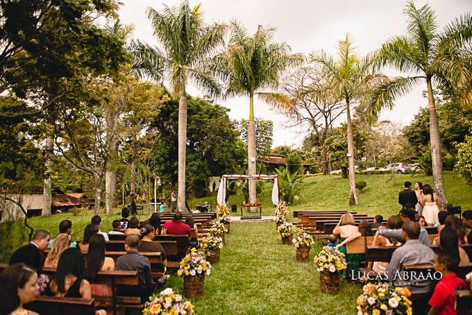 casamento-fazenda-love-birds-altar