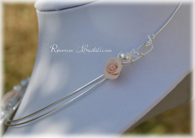 collier mariage perles nacrées et cristaux