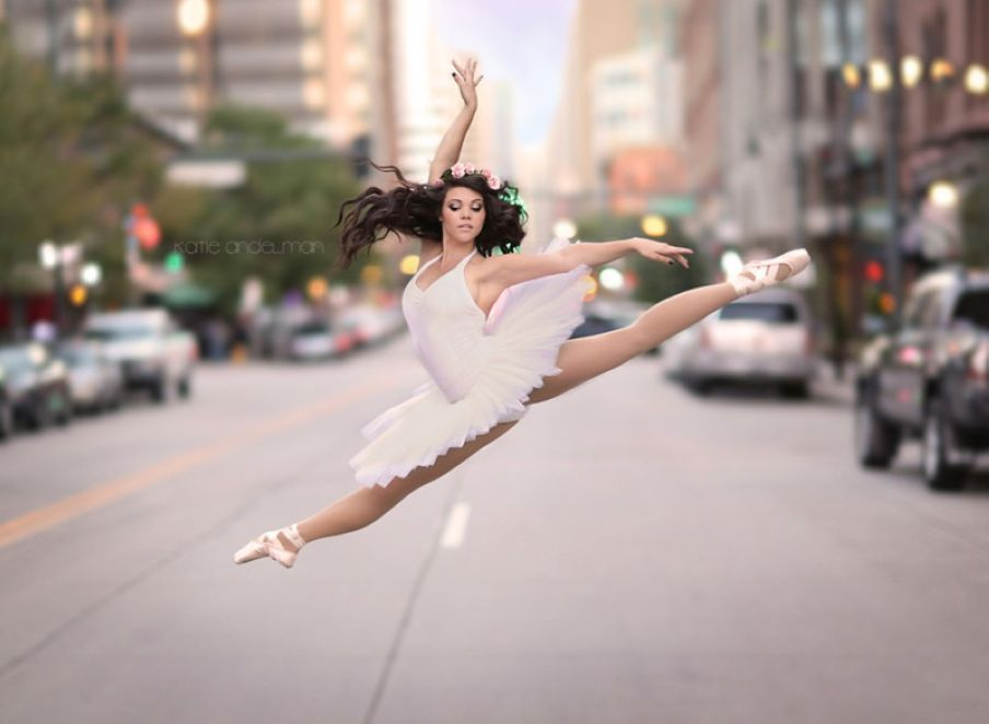 Beautiful Ballerinas Dancing Pictures