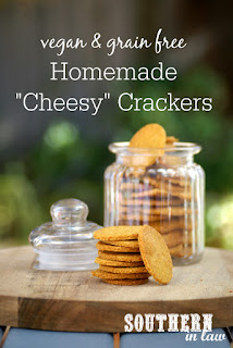 Healthy Homemade Vegan Cheese Crackers Recipe - Grain Free Cheez-Its and Goldfish Crackers Copycat Replacement - low carb, clean eating recipe, dairy free, egg free, sugar free
