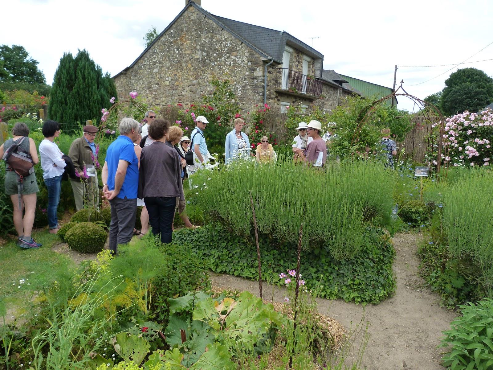 Au jardin de l 39 elixir porte ouverte jardiner au naturel for Perspective jardin 78