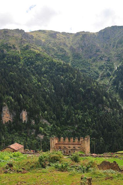 Historic Greek village in northeastern Turkey left to crumble
