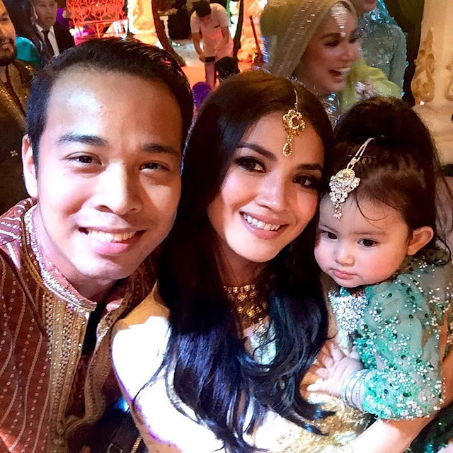 Foto Comel Aaisyah Dhia Rana di Majlis Resepsi Pereka Fesyen, Ruzaini dan Isteri Bertemakan 'Malam Bollywood'