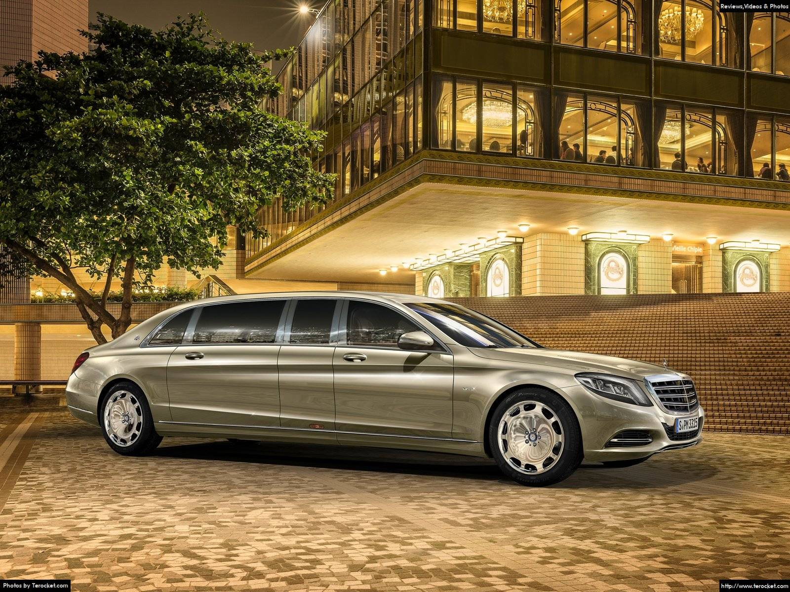 Hình ảnh xe ô tô Mercedes-Benz S600 Pullman Maybach 2016 & nội ngoại thất