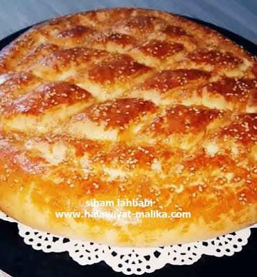 الخبز التركي الهش