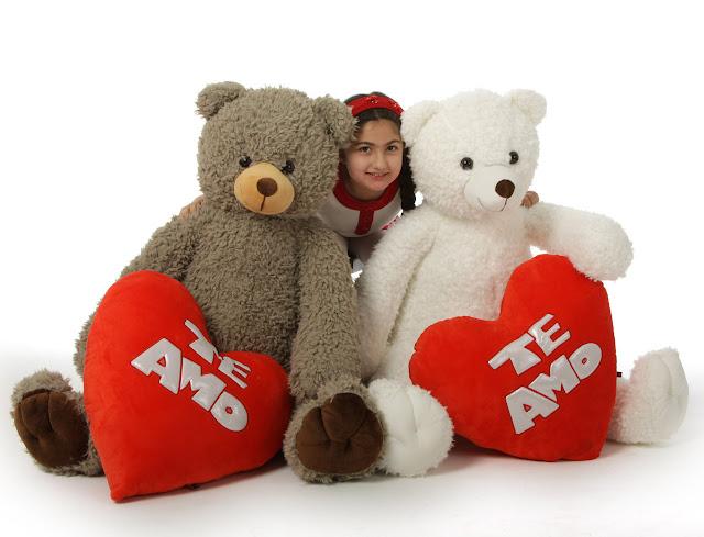 cuddly Te Amo bears to say