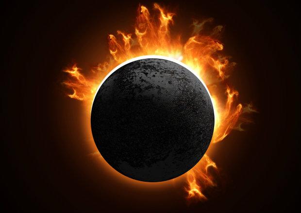 единственото пълно слънчево затъмнение за 2016-а година