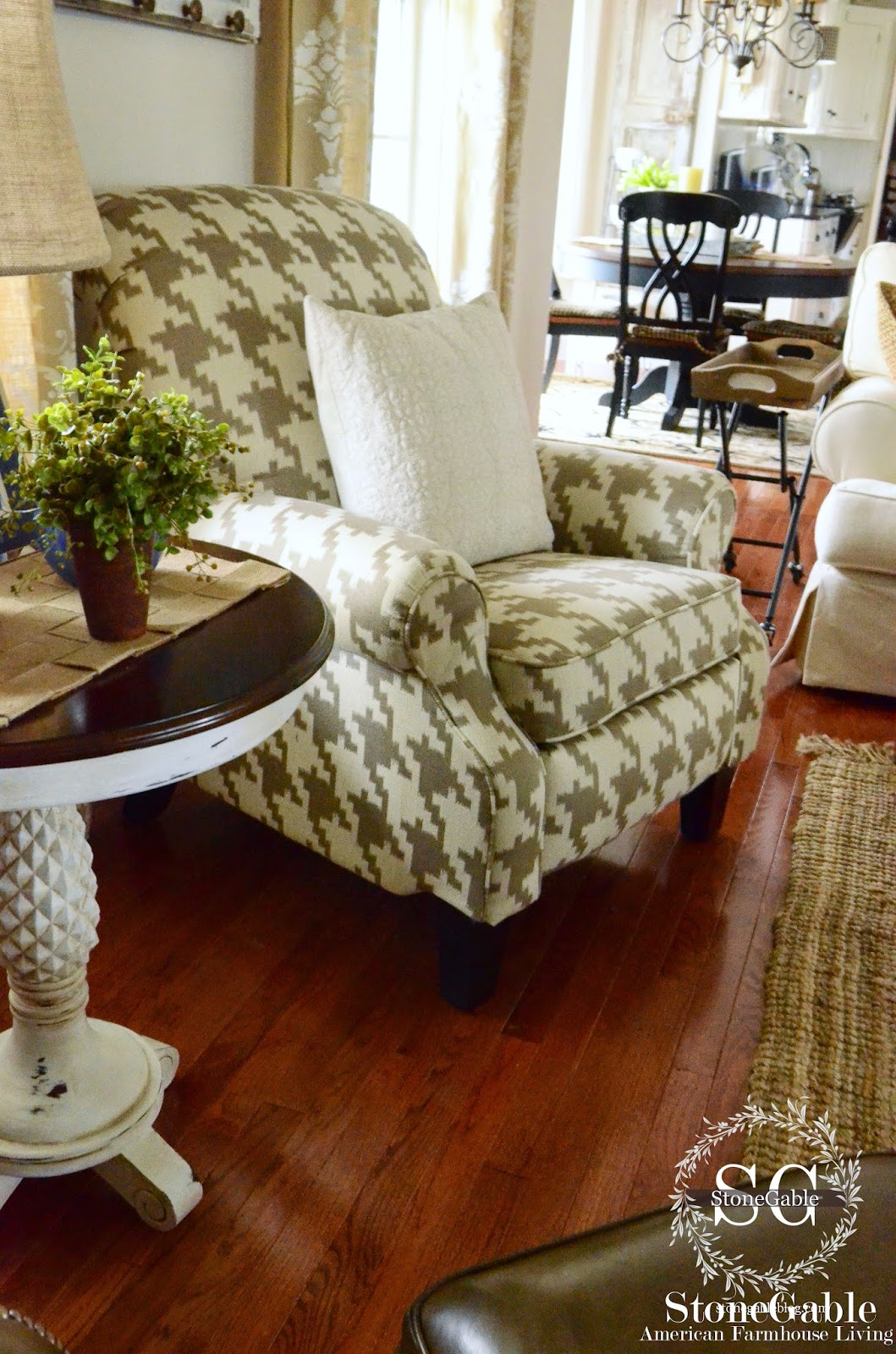 Family Room Chair Reveal Stonegable