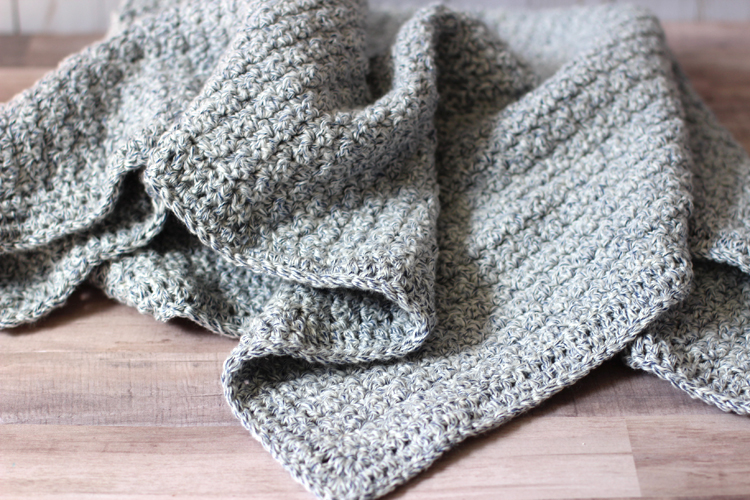 textured blanket from soft yarn