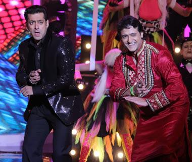 Salman Khan and Armaan Kohli in a dance move still on Bigg Boss 7 finale