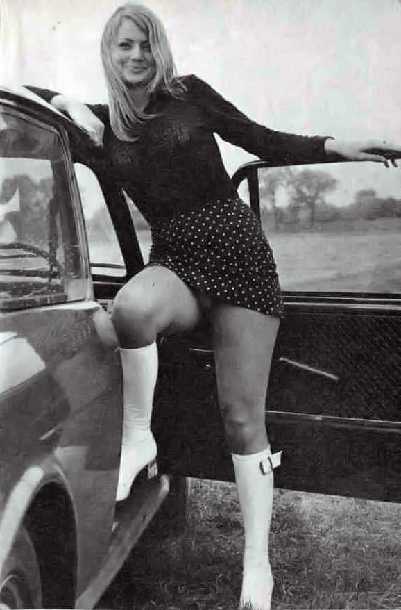 Vintage Short Skirt 7