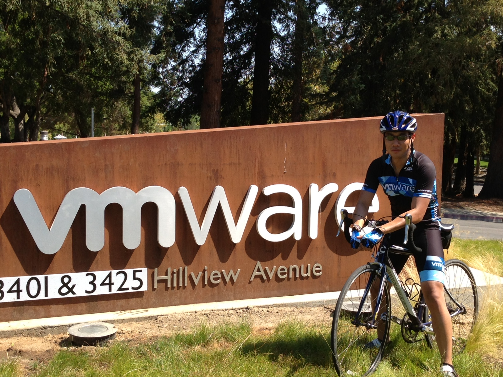 VMware Build-A-Bike Team Activity in Palo Alto, CA