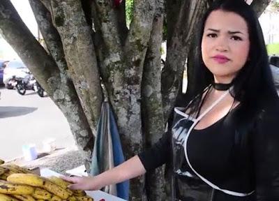 La Mami de los Platanos:Porno en Español