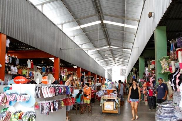 da5171208 O pavilhão do centro de moda de Santa Cruz do Capibaribe. Foto  Blenda  Souto Maior DP D.A Press