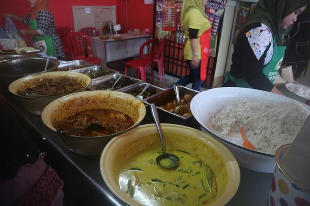 Nasi dagang Tok Bali