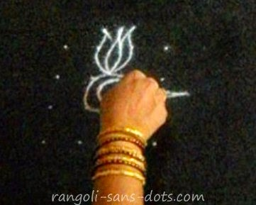 easy-kolam-step-1.jpg