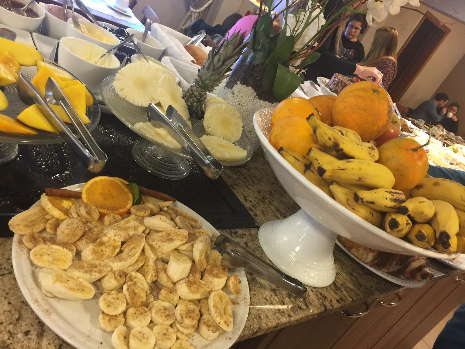 Café da manhã no hotel Quero Quero em Gramado