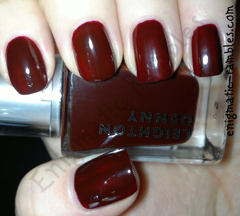 swatch-review-leighton-denny-vamp