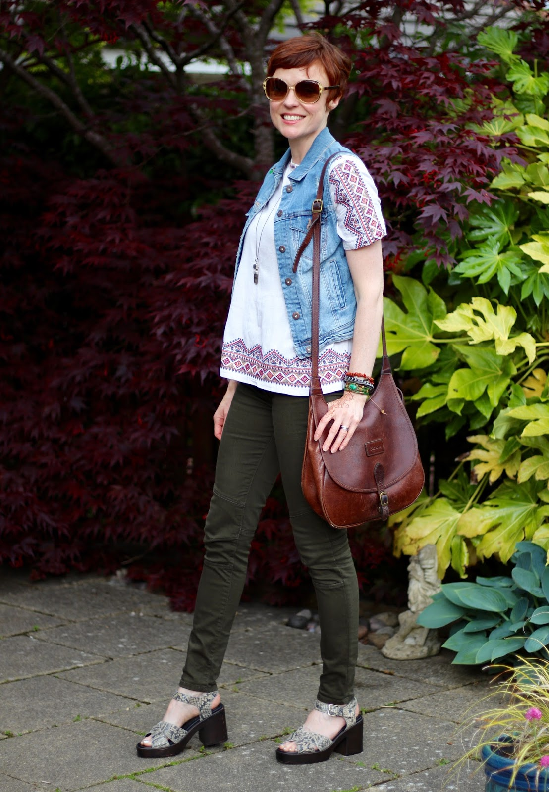Wearable Boho, over 40 | Khaki Jeans, Embroidered blouse, Denim Gilet & Platform Sandals