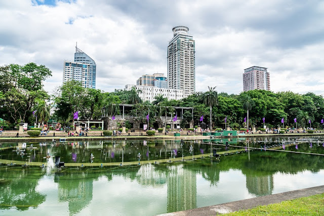 Rizal-Park-Manille-Philippines