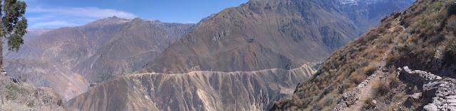 Panorama zboczy kanionu