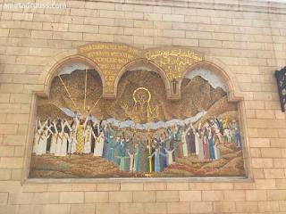 الكنيسة المعلقة.. أغرب تحفة معمارية في القاهرة