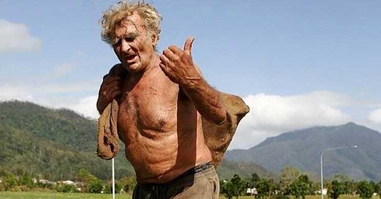Yaşlı bir insana dönüşene kadar ormanda yaşamaya devam etmişti, bu hayatı 2012 yılında son bulmuştu.