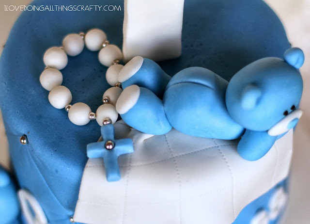 Beary Sweet Train Baptism Cake | DIY Cakes