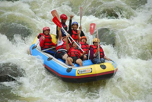 Arung Jeram di Sungai Serayu