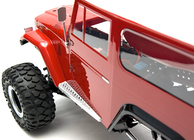 Tamiya Land Cruiser CR-01 rock crawler