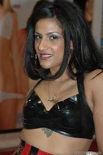 Bossy Delilah - HD Bollywood Photos