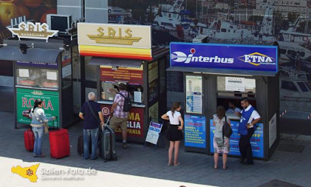 Busverbindungen auf Sizilien - Ticketverkauf am Flughafen Catania