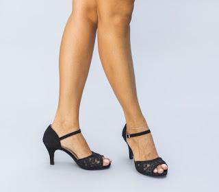 sandale negre cu toc mic cu dantela elegante de zi