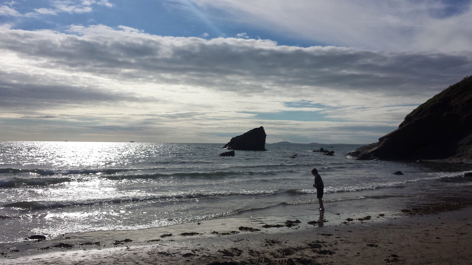 , An Afternoon Leads to an Evening at Broad Haven Beach #CountryKids