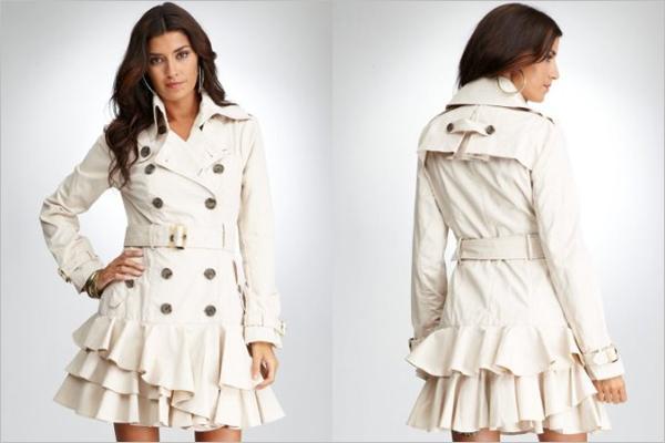 1b41f2006 Tabuletes, vejam que Trench Coat mais lindooooooooooo e chic!!! Ele é da  marca Bebe e custa $149!! Uma ótima opção de compra para quem estiver  viajando!!