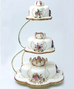 Types of Cake Stands   Wedding Cake Stands   Cake Stands For Sale metal cake stand 3 tier