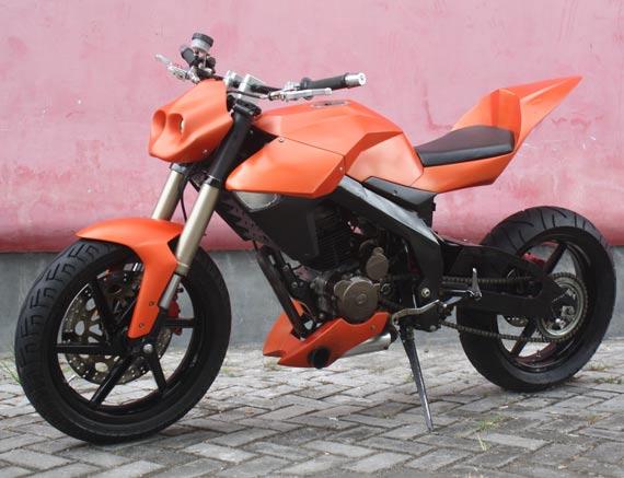 Modifikasi Honda Tiger 200 Jerman Style Orange