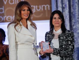 Uluslararası Kadınlar Cesaret Ödülü'nü kazanan Türk öğretmen Saadet Özkan