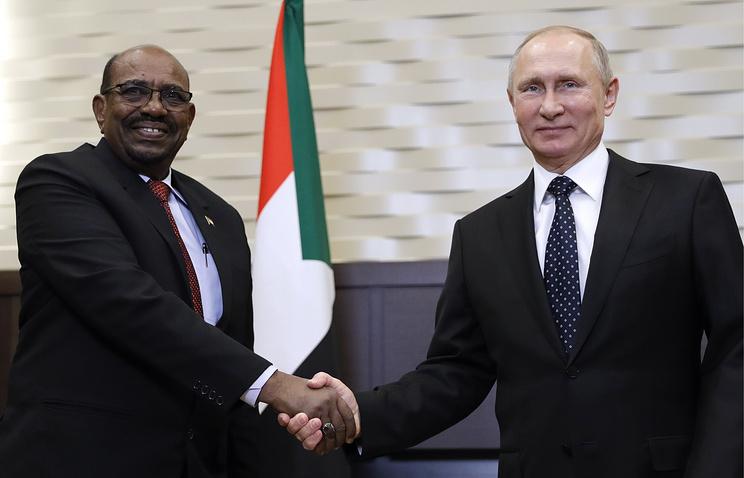 <The Russian Navy negotiates to create a logistics center in Sudan