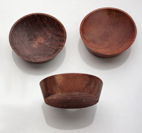 Anart Island Studios: Little wooden dishes