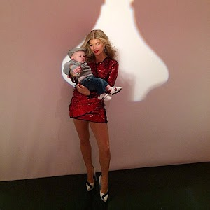 Fergie with her son on the set of advertising