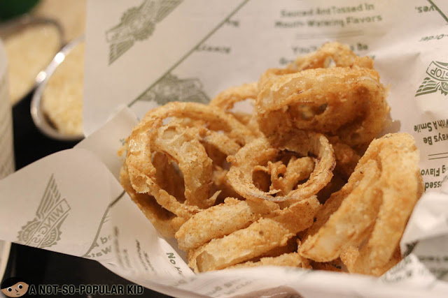 Onion rings of Wingstop