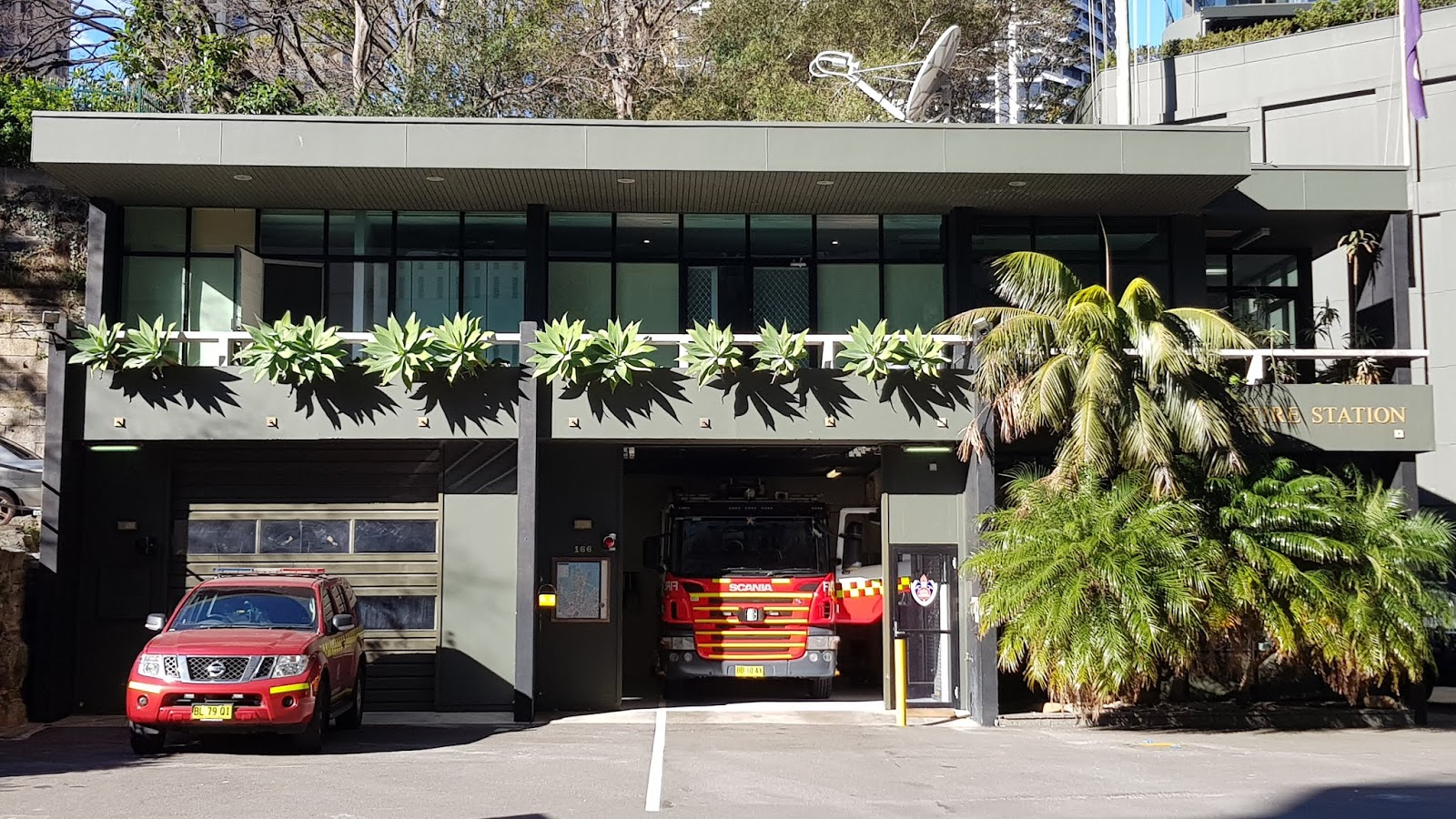 This fire station is located along kent street in the inner city suburb of millers point this contemporary building wouldnt look out of place as a modern
