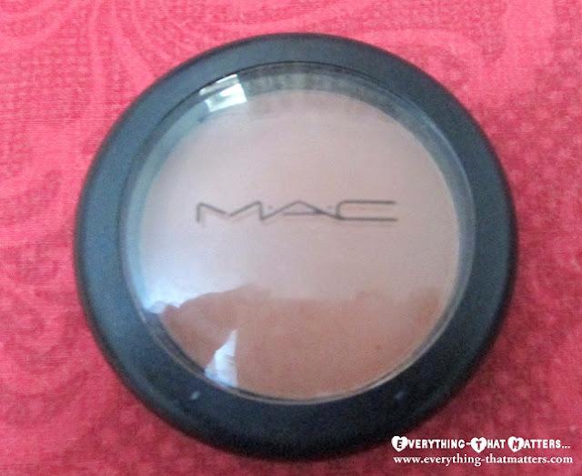 MAC+Gingerly+Blush+Swatch+Review+ETM+Peach+Blush