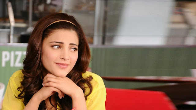 Shruti Hassan in Rocky Handsome
